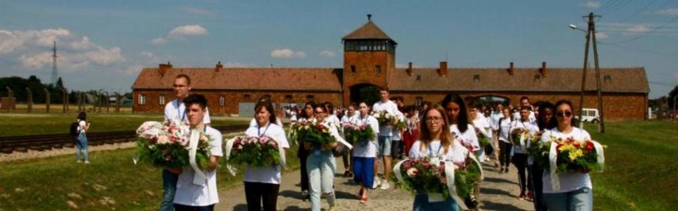 Pellegrinaggio_a_Auschwitz__Birkenau__Global_Friendship_to_Live_Together_in_Peace__20_luglio_2019_1